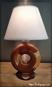 Lampe marron et or